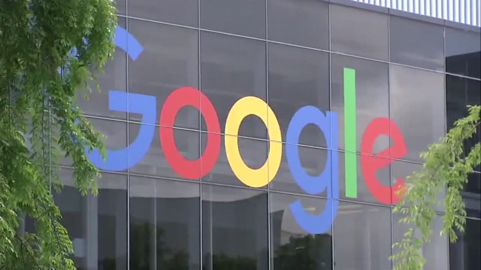Google, <b>Facebook</b> will require employees to be vaccinated upon return to offices thumbnail