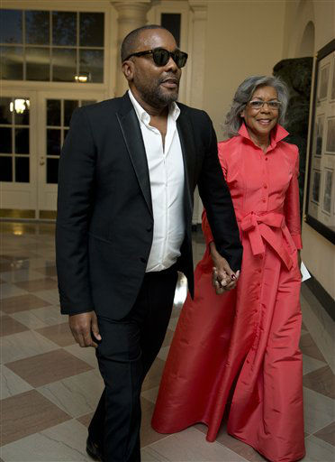 "<div class=""meta image-caption""><div class=""origin-logo origin-image none""><span>none</span></div><span class=""caption-text"">Actor and filmmaker Lee Daniels and his mother Clara Daniels arrive. (AP Photo/ Manuel Balce Ceneta)</span></div>"