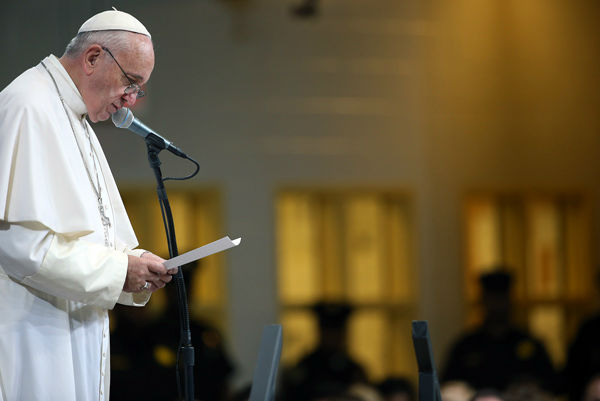 "<div class=""meta image-caption""><div class=""origin-logo origin-image none""><span>none</span></div><span class=""caption-text"">Pope Francis speaks to inmates during his visit to the Curran Fromhold Correctional Facility in Philadelphia, Sunday, Sept. 27, 2015. (Photo/David Maialetti)</span></div>"