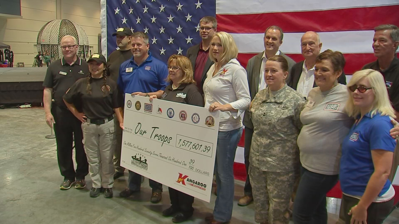 Kangaroo Express donates for troops