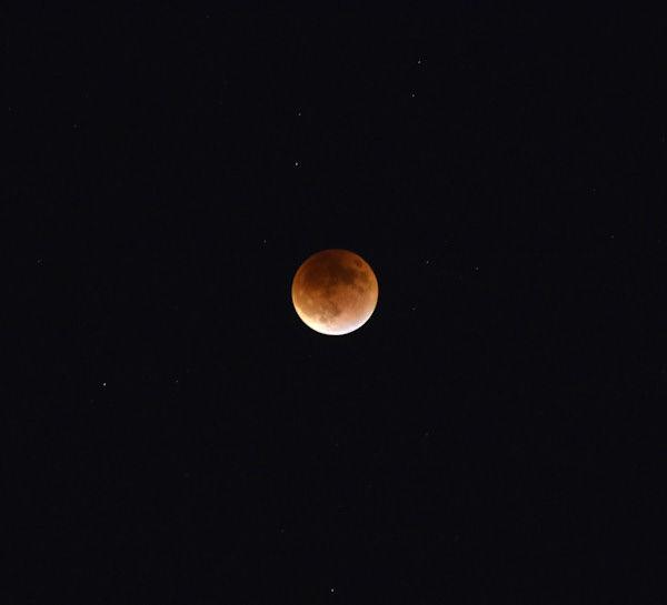 "<div class=""meta image-caption""><div class=""origin-logo origin-image none""><span>none</span></div><span class=""caption-text"">The supermoon is seen over Freeport, Texas overnight on Sept. 27, the night of a lunar eclipse. (Matthew Tantillo/KTRK)</span></div>"