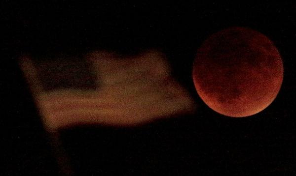 "<div class=""meta image-caption""><div class=""origin-logo origin-image none""><span>none</span></div><span class=""caption-text"">The supermoon is seen over Kansas City, Mo., overnight on Sept. 27, the night of a lunar eclipse. (Photo/AP)</span></div>"