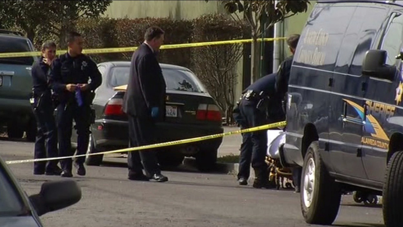 Oakland police are investigating the discovery of a body that was found wrapped in plastic and dumped along Union Street near 26th, Tuesday, September 26, 2015.