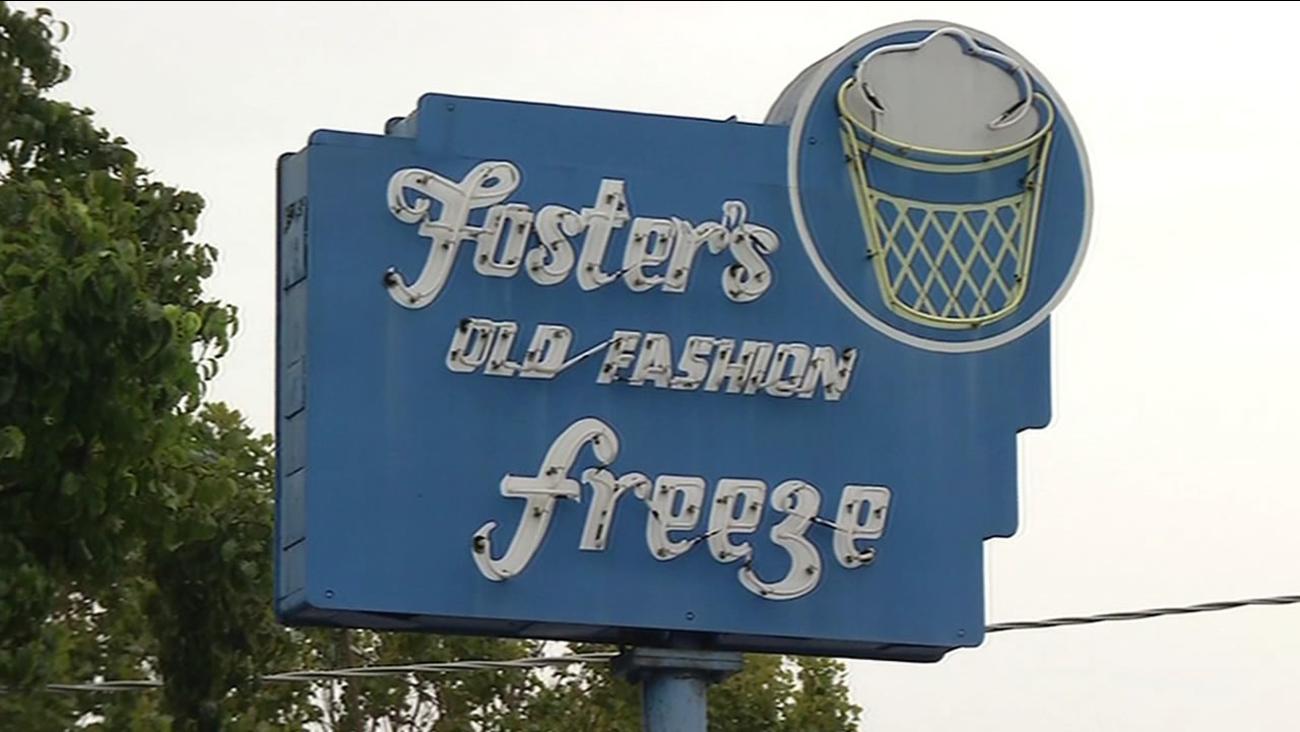 Foster's Freeze in Menlo Park