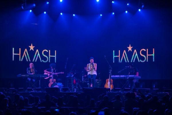 "<div class=""meta image-caption""><div class=""origin-logo origin-image none""><span>none</span></div><span class=""caption-text"">Puerto Rican pop star Ricky Martin put on an exciting concert last night at Toyota Center. (KTRK Photo/ David Mackey)</span></div>"
