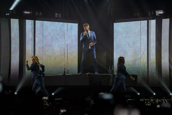 "<div class=""meta image-caption""><div class=""origin-logo origin-image none""><span>none</span></div><span class=""caption-text"">Puerto Rican pop star Ricky Martin put on an exciting concert last night at Toyota Center. (KTRK Photo/ David Mackey)</span></div>"