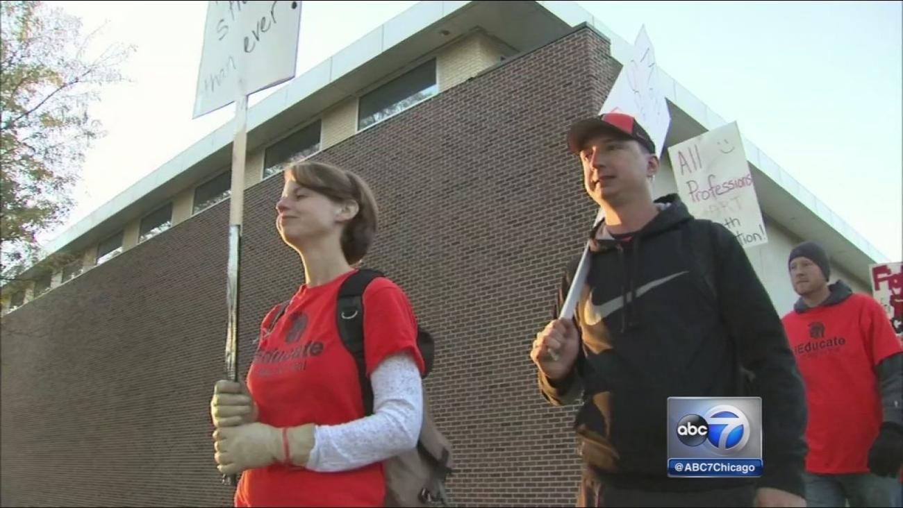 McHenry teachers strike