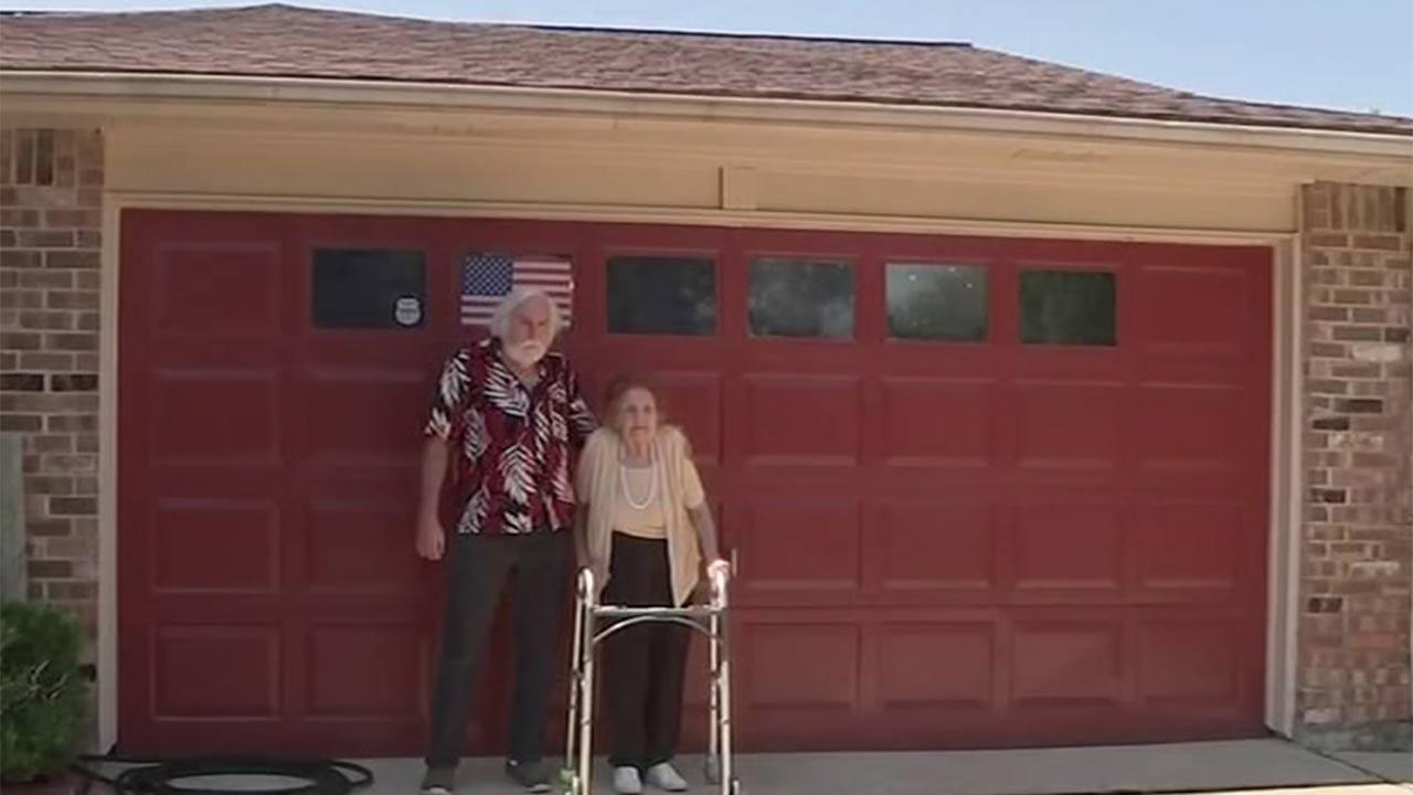 Great Grandmother Battles Homeownersu0027 Association Over Color Of Garage Door  | Abc13.com