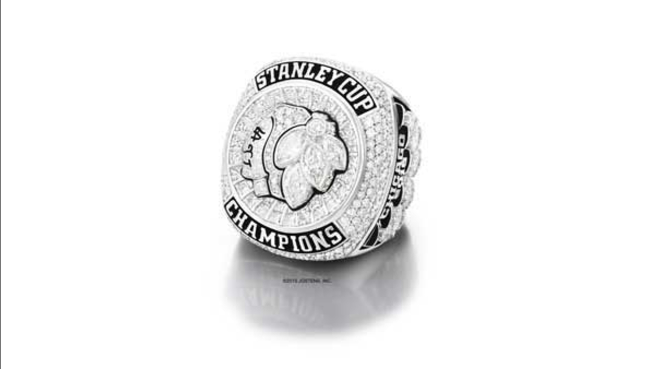 The Chicago Blackhawks held a private ceremony to hand out their 2015 Stanley Cup Championship Rings Sunday night.