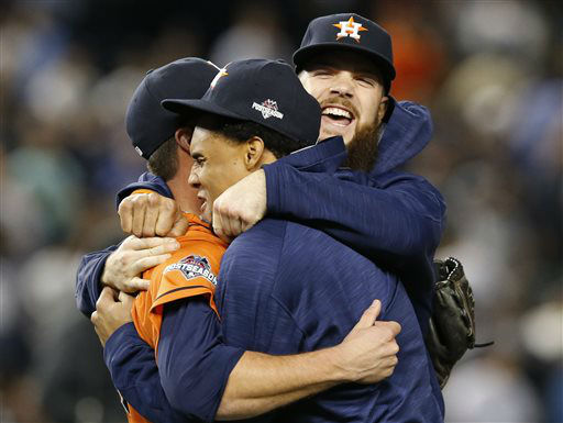 "<div class=""meta image-caption""><div class=""origin-logo origin-image none""><span>none</span></div><span class=""caption-text"">Houston Astros relief pitcher Luke Gregerson, left, Carlos Gomez, and Dallas Keucel celebrate (AP Photo/ Kathy Willens)</span></div>"