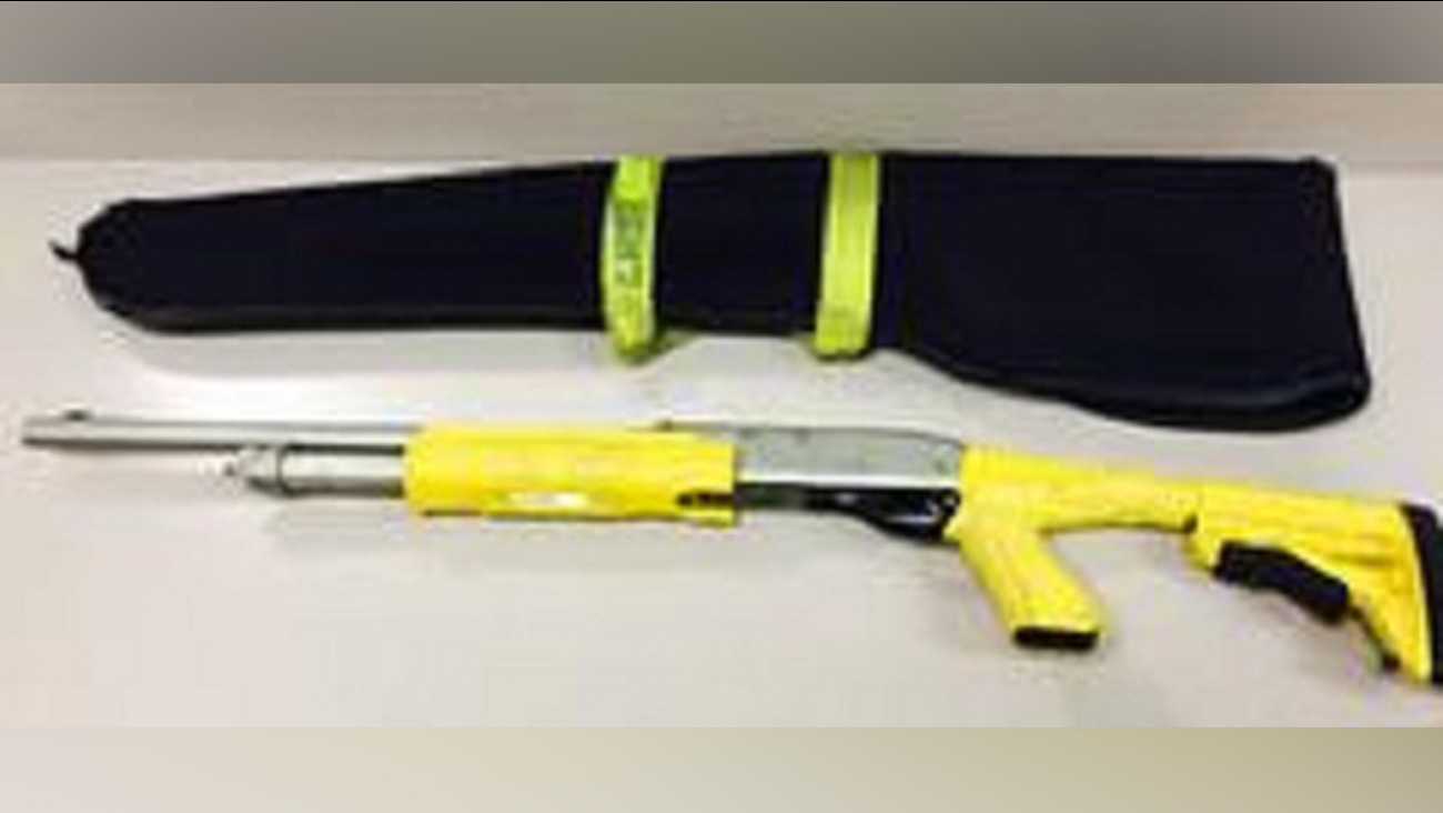 Los Angeles County sheriff's deputies are asking for the public's help to help locate a missing stun bag shotgun.