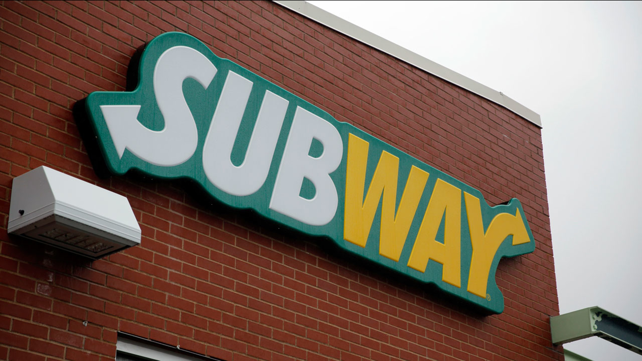 Naked woman high on spice trashes Subway restaurant