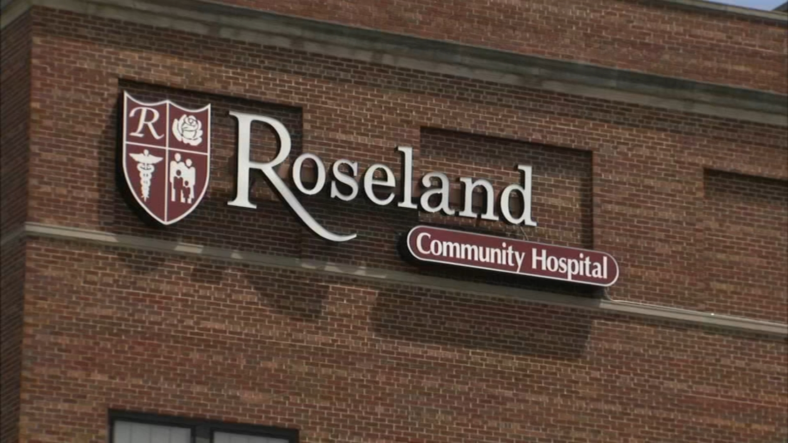 Image COVID Chicago: Just 37% of predominantly Black Roseland Community Hospital staff have received COVID-19 vaccine as mistrust persists