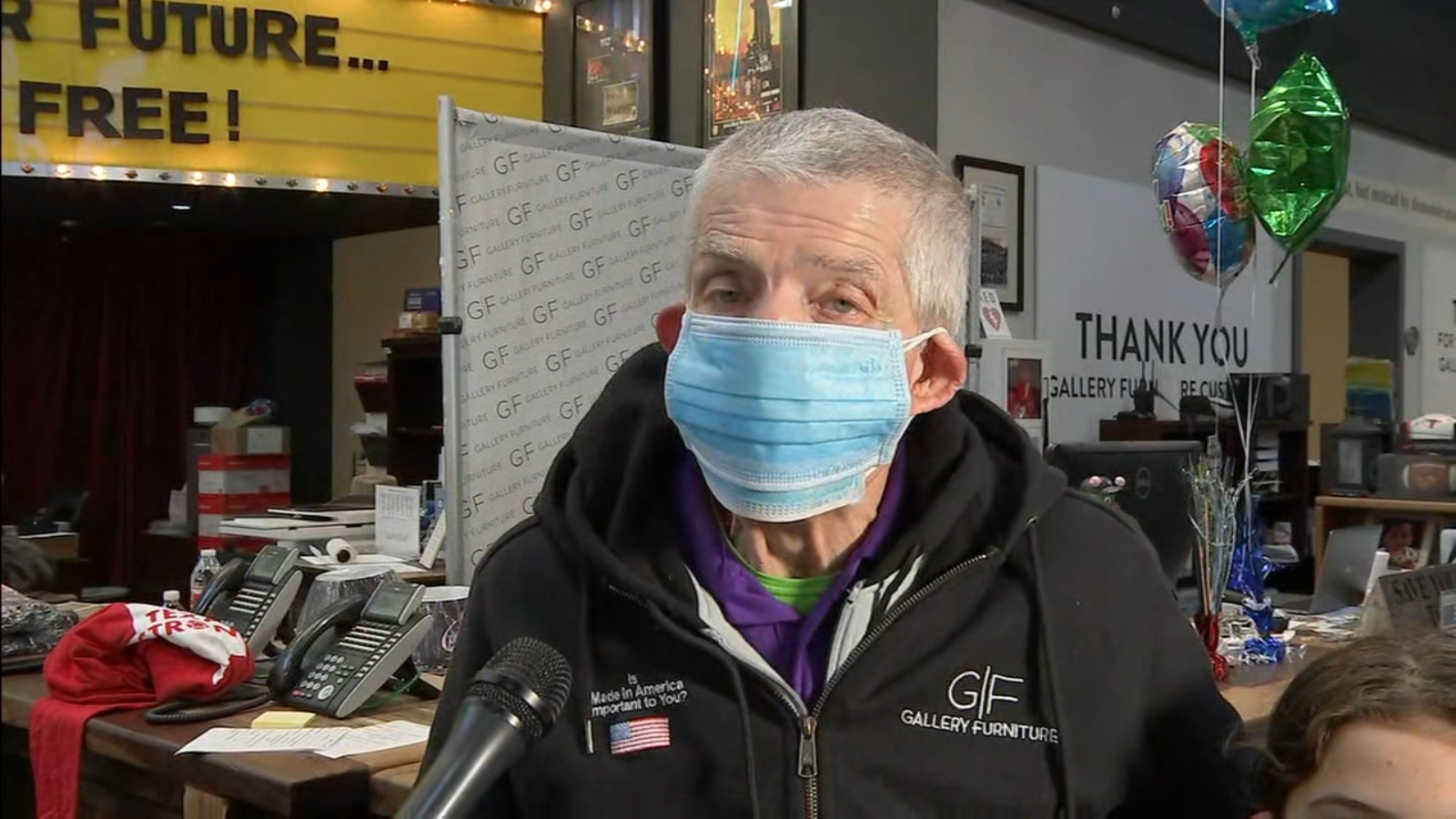 Mattress Mack Opens Houston Gallery Furniture Store As Shelter To People Iced Out In Winter Storm Abc13 Houston