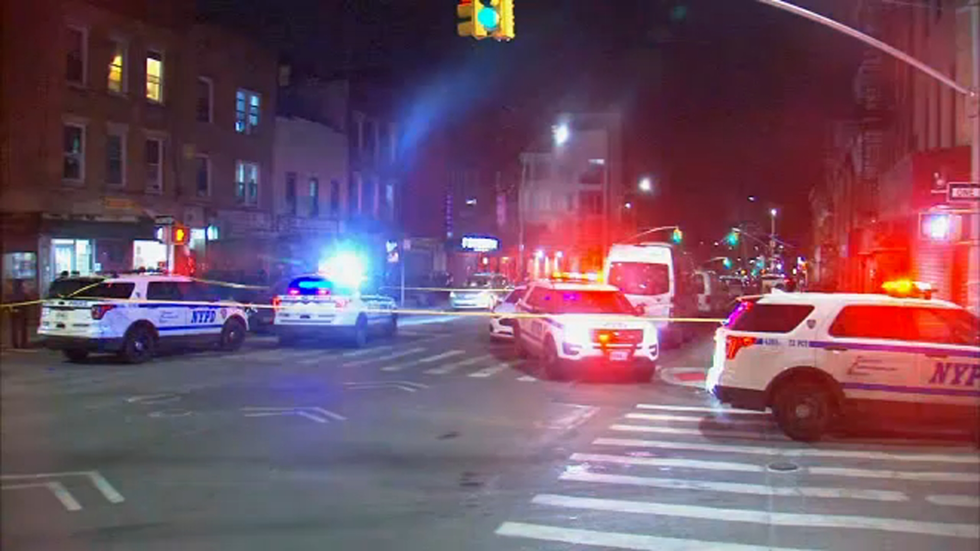 1 dead, 6 injured after stabbing at illegal gambling den in Brooklyn