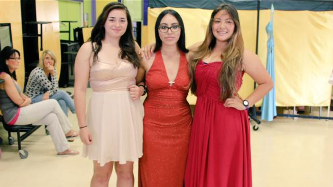Middletown High School students pick out their homecoming outfits from donated items on Saturday, October 17, 2015.
