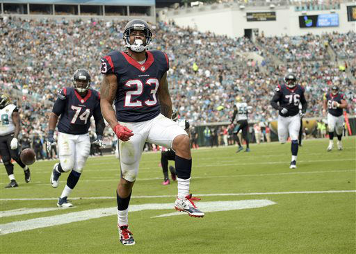 "<div class=""meta image-caption""><div class=""origin-logo origin-image none""><span>none</span></div><span class=""caption-text"">Houston Texans running back Arian Foster (23) celebrates his touchdown against the Jacksonville Jaguars (AP Photo/ Phelan M. Ebenhack)</span></div>"