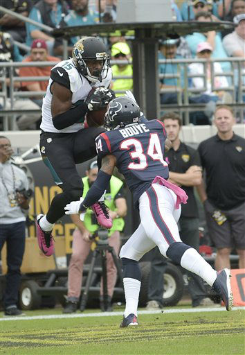 "<div class=""meta image-caption""><div class=""origin-logo origin-image none""><span>none</span></div><span class=""caption-text"">Jacksonville Jaguars wide receiver Allen Robinson (15) catch a pass for a touchdown over Houston Texans cornerback A.J. Bouye (34) (AP Photo/ Phelan M. Ebenhack)</span></div>"