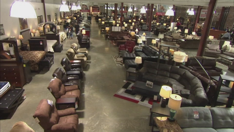 Darvin Clearance And Outlet Center 190 Big Deal Abc7chicago Com