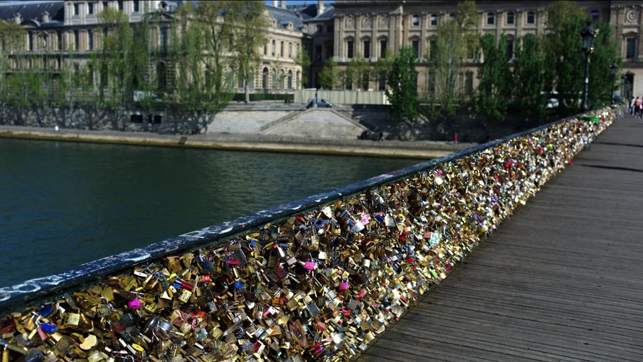 [Image: 103997_060914-ap-Pont-des-Arts-img.jpg?w=1280&r=16%3A9]