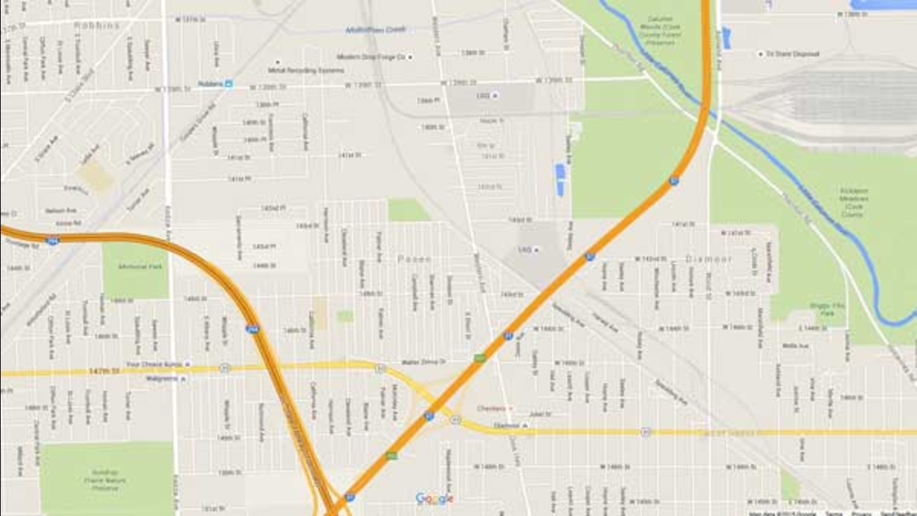 Drivers who take 139th Street through south suburban Blue Island should prepare to take a detour around the railroad crossing near Western Avenue for the next month.