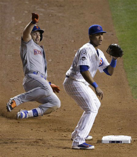 "<div class=""meta image-caption""><div class=""origin-logo origin-image none""><span>none</span></div><span class=""caption-text"">New York Mets' David Wright slides safely into second for a double as Chicago Cubs' Starlin Castro waits for the throw during the seventh inning. (AP Photo/David Goldman) (AP Photo/ David Goldman)</span></div>"