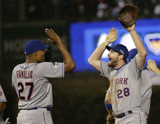 "<div class=""meta image-caption""><div class=""origin-logo origin-image none""><span>none</span></div><span class=""caption-text"">New York Mets' Daniel Murphy (28) celebrates with Jeurys Familia (27) after Game 3. (AP Photo/David J. Phillip) (AP Photo/ David J. Phillip)</span></div>"