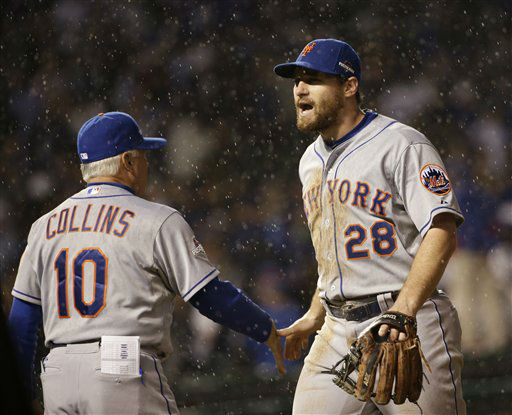 "<div class=""meta image-caption""><div class=""origin-logo origin-image none""><span>none</span></div><span class=""caption-text"">New York Mets' Daniel Murphy (28) is congratulated by manager Terry Collins after Game 3. (AP Photo/David J. Phillip) (AP Photo/ David J. Phillip)</span></div>"
