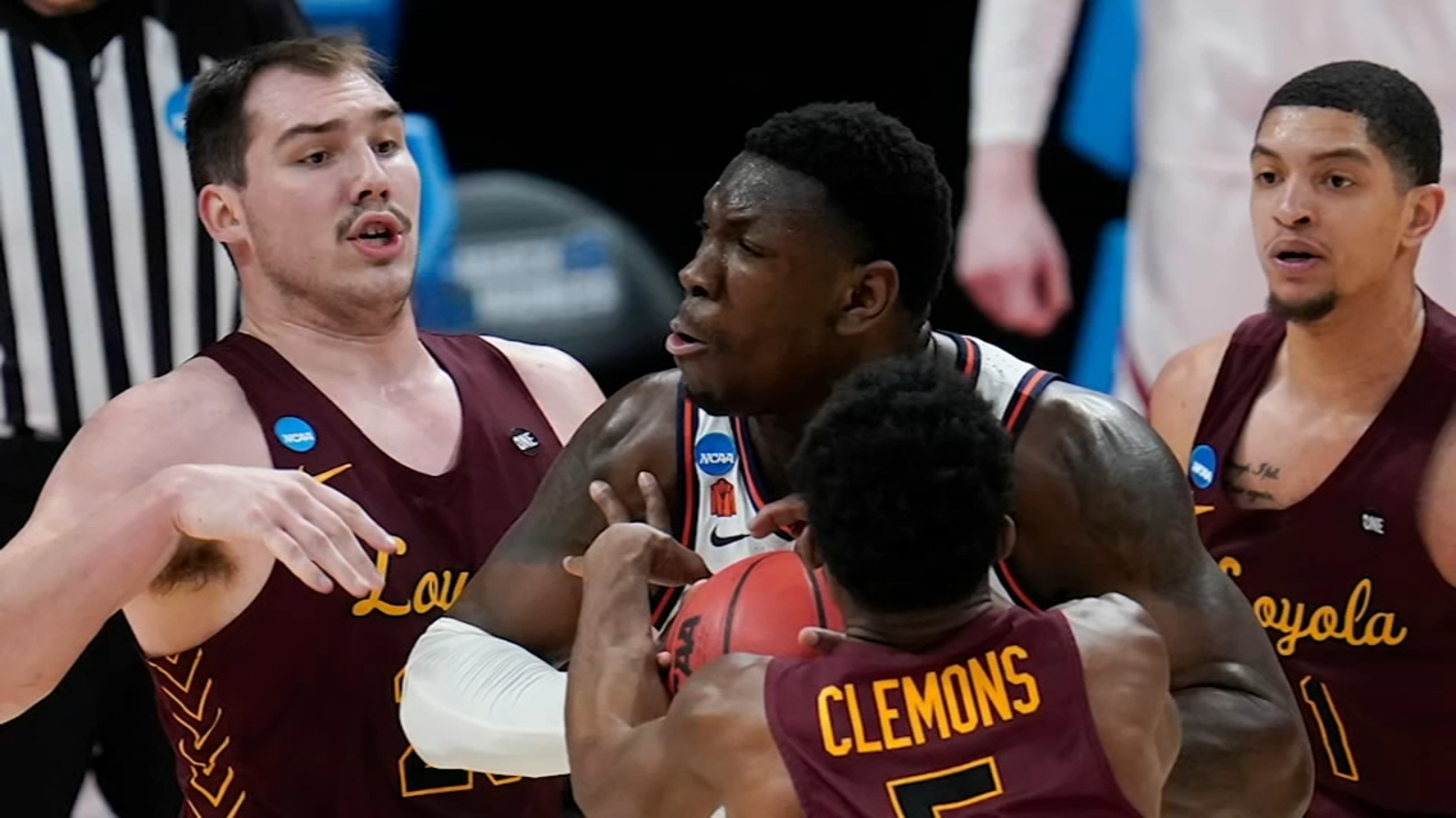 NCAA Tournament: Loyola Ramblers to take on Oregon State in Sweet 16 after upset win over Illinois