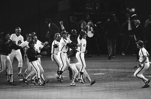 "<div class=""meta image-caption""><div class=""origin-logo origin-image none""><span>none</span></div><span class=""caption-text"">This is the scene at Veteran's Stadium at night, Tuesday, Oct. 21, 1980 in Philadelphia as Mike Schmidt of the Phillies smashed out a two-run single in the third inning. (Photo/Anonymous)</span></div>"