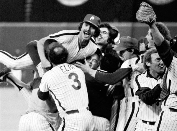"<div class=""meta image-caption""><div class=""origin-logo origin-image none""><span>none</span></div><span class=""caption-text"">In this Oct. 21, 1980 file photo, Philadelphia Phillies third baseman Mike Schmidt, top left, leaps onto teammates after the Phillies defeated the Kansas City Royals. (Photo/Anonymous)</span></div>"