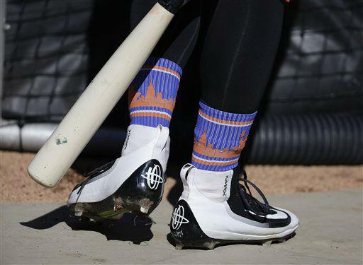 "<div class=""meta image-caption""><div class=""origin-logo origin-image none""><span>none</span></div><span class=""caption-text"">New York Mets' Michael Conforto's team socks are visible above his leggings. (AP Photo/ Julie Jacobson)</span></div>"