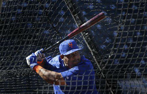 "<div class=""meta image-caption""><div class=""origin-logo origin-image none""><span>none</span></div><span class=""caption-text"">New York Mets' Juan Uribe takes batting practice during a voluntary team workout. (AP Photo/ Julie Jacobson)</span></div>"