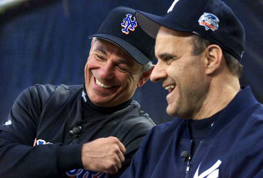 """<div class=""""meta image-caption""""><div class=""""origin-logo origin-image none""""><span>none</span></div><span class=""""caption-text"""">Mets manager Bobby Valentine, left, and Yankees manager Joe Torre give an interview prior to the start of the World Series. (AP Photo/Jeff Zelevanksy) (AP Photo/ JEFF ZELEVANSKY)</span></div>"""