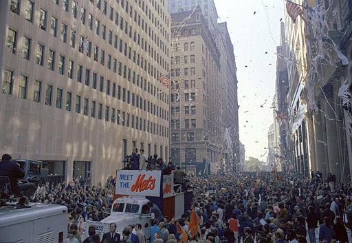 """<div class=""""meta image-caption""""><div class=""""origin-logo origin-image none""""><span>none</span></div><span class=""""caption-text"""">Members of  the Mets parade on Broadway, in lower Manhattan,  to celebrate their winning the 1969 World Series.  (AP Photo) (AP Photo/ XPEC RCC)</span></div>"""