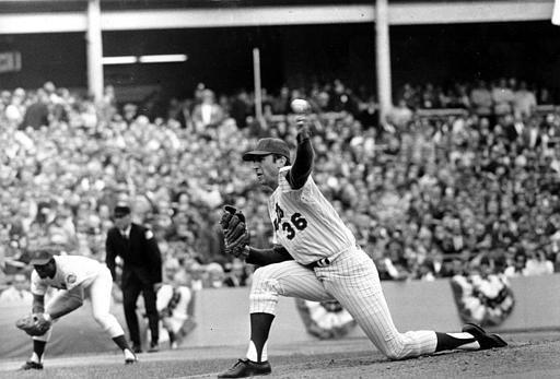 "<div class=""meta image-caption""><div class=""origin-logo origin-image none""><span>none</span></div><span class=""caption-text"">Mets pitcher Jerry Koosman follows through on a left-handed pitch during Game 5.  (AP Photo) (AP Photo/ XNBG)</span></div>"