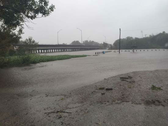 "<div class=""meta image-caption""><div class=""origin-logo origin-image none""><span>none</span></div><span class=""caption-text"">ABC-13 viewer-submitted photo of flooding (KTRK Photo/ ABC-13 viewer-submitted photo)</span></div>"