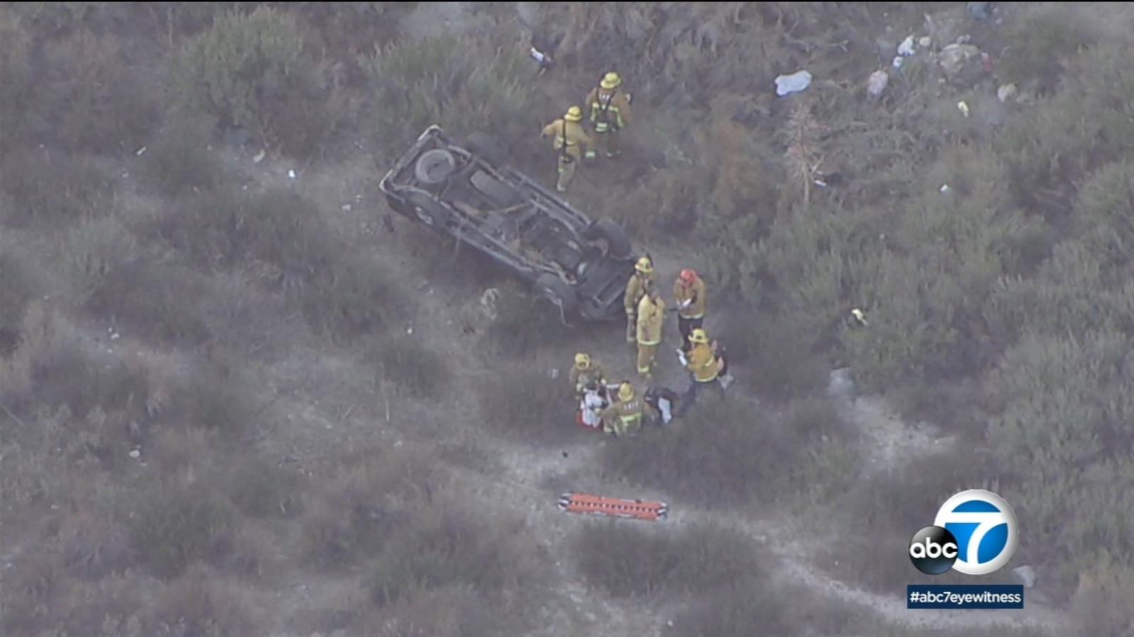 1 dead, 3 injured after vehicle goes off cliff in Big Tujunga Canyon