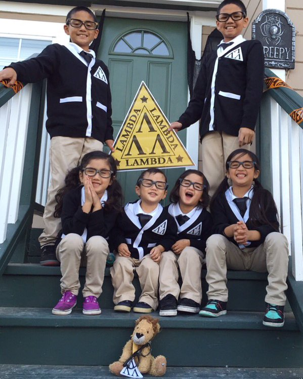 "<div class=""meta image-caption""><div class=""origin-logo origin-image none""><span>none</span></div><span class=""caption-text"">This year's costume theme: Anti-bullying Awareness. Share your photos by tagging them on social media with #SpookyOn7! (Photo submitted to KGO-TV by Tiffany I/Twitter)</span></div>"