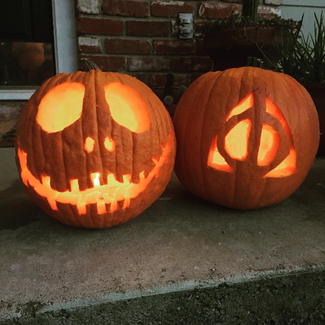 "<div class=""meta image-caption""><div class=""origin-logo origin-image none""><span>none</span></div><span class=""caption-text"">Take a look at these spooky pumpkins -- Jack Skellington and the Deathly Hallows! Share your photos by tagging them on social media with #SpookyOn7. (KGO-TV)</span></div>"