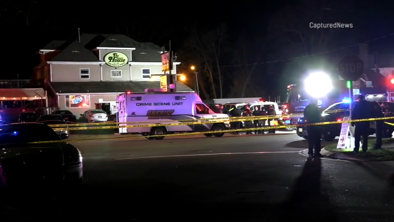 3 dead, 2 injured after mass shooting at bar in Kenosha, according to officials