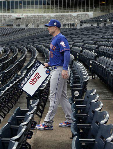 "<div class=""meta image-caption""><div class=""origin-logo origin-image none""><span>none</span></div><span class=""caption-text"">New York Mets third baseman David Wright walks to batting practice during media day. ((AP Photo/Charlie Riedel))</span></div>"
