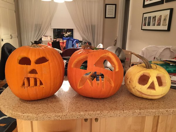 "<div class=""meta image-caption""><div class=""origin-logo origin-image none""><span>none</span></div><span class=""caption-text"">The pumpkin on the left is a spooky looking Darth Vader. Share your photos by tagging them on social media with #SpookyOn7! (KGO-TV)</span></div>"