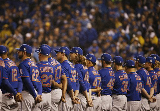 "<div class=""meta image-caption""><div class=""origin-logo origin-image none""><span>none</span></div><span class=""caption-text"">New York Mets line up before the national anthem before Game 1. (AP Photo/Matt Slocum) (AP Photo/ Matt Slocum)</span></div>"