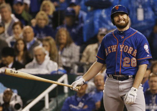 "<div class=""meta image-caption""><div class=""origin-logo origin-image none""><span>none</span></div><span class=""caption-text"">New York Mets second baseman Daniel Murphy grimaces after striking out during the first inning. (AP Photo/Matt Slocum) (AP Photo/ Matt Slocum)</span></div>"