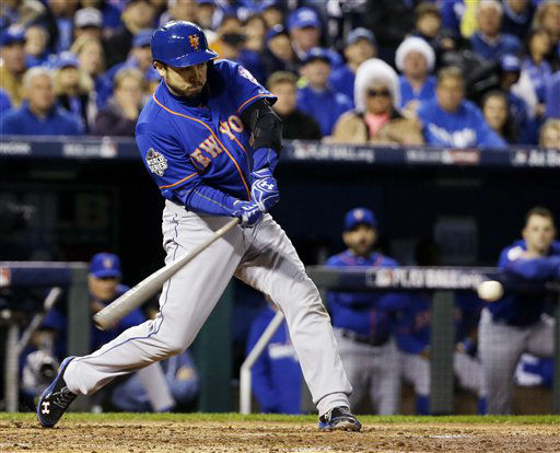 "<div class=""meta image-caption""><div class=""origin-logo origin-image none""><span>none</span></div><span class=""caption-text"">New York Mets' Travis d'Arnaud hits an RBI single during the fourth inning. (AP Photo/David J. Phillip) (AP Photo/ David J. Phillip)</span></div>"