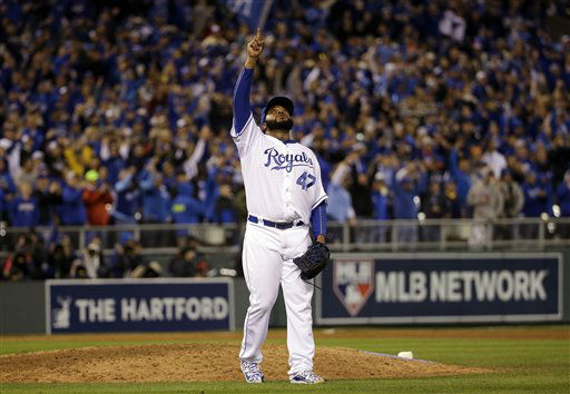 "<div class=""meta image-caption""><div class=""origin-logo origin-image none""><span>none</span></div><span class=""caption-text"">Royals pitcher Johnny Cueto reacts after getting New York Mets' Yoenis Cespedes to fly out and end Game 2. (AP Photo/David J. Phillip) (AP Photo/ David J. Phillip)</span></div>"