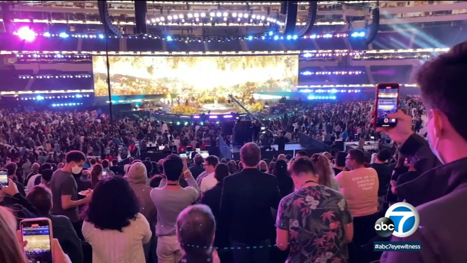 SoFi Stadium hosts vax awareness concert with performances from Jennifer Lopez, Foo Fighters and more