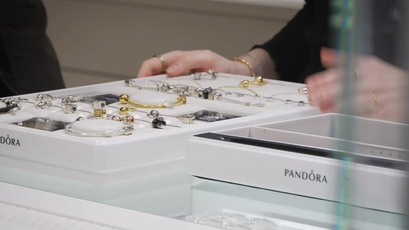 Pandora No Longer Using Mined Diamonds Switching To Lab Grown Abc7 San Francisco