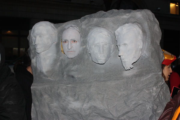 "<div class=""meta image-caption""><div class=""origin-logo origin-image none""><span>none</span></div><span class=""caption-text"">An audience member dresses as Mount Rushmore for the ''LIVE with Kelly and Michael'' costume contest. (Bob Monek. Eyewitness News)</span></div>"